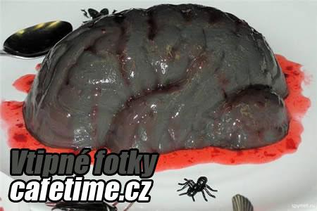 cerny mozek fotka dortu